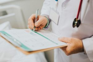 médicos ou prescritores